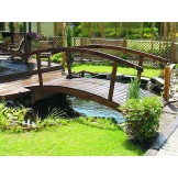 Drewniane mostki nad oczko wodne